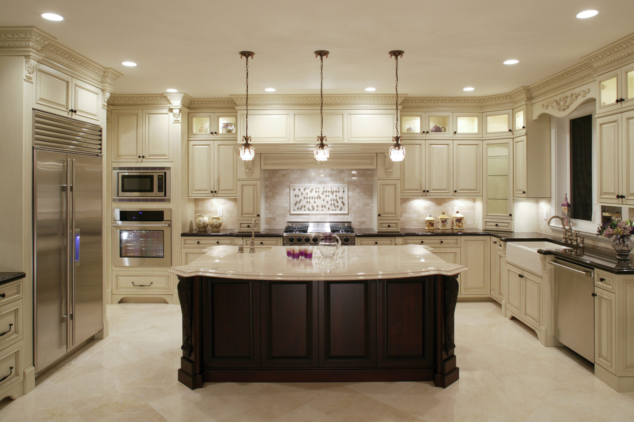 Elegant Sophisticated Gourmet Kitchen